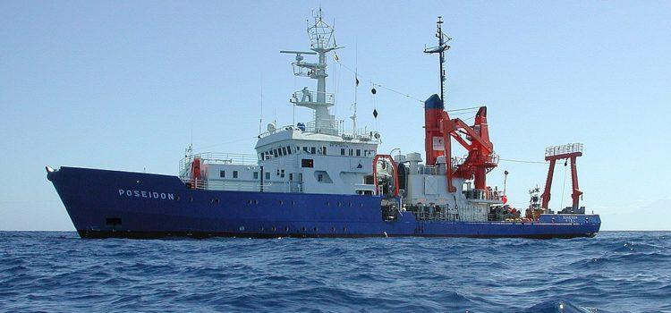 Schiff schicken oder Flüchtlinge ertrinken lassen? – Seenotrettung im Mittelmeer und die Kirche